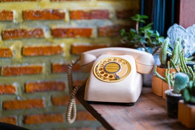 Viejo teléfono vintage