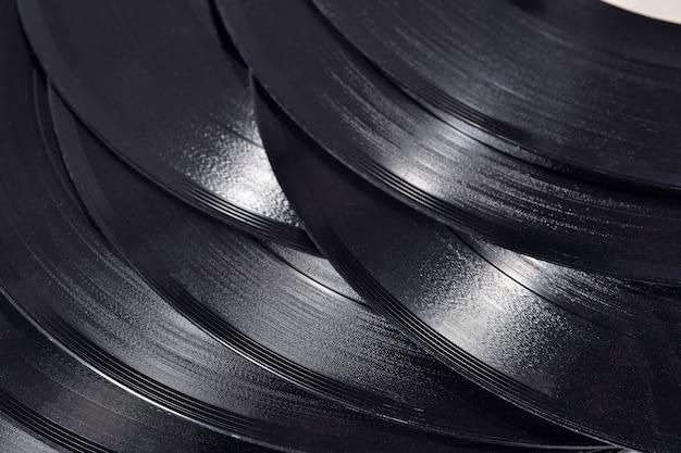 Viejos discos de vinilo de cerca