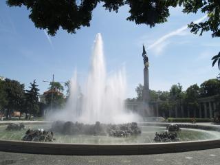Viena - ruso estatua conmemorativa