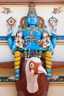 Vishnu en garuda
