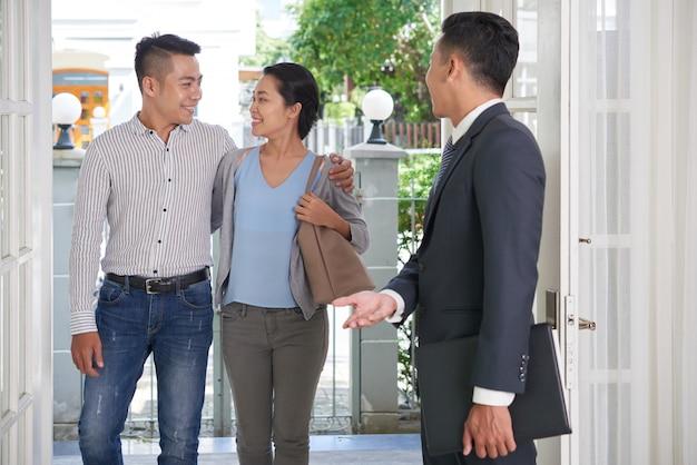 Visitando casa en venta