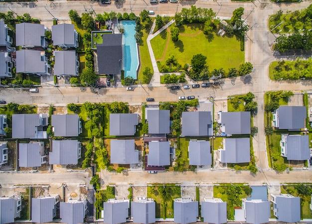Vista aérea de la aldea casera en bangkok tailandia