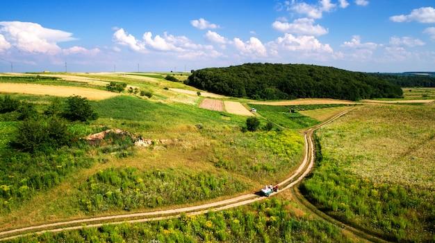 Vista aérea del campo vegetal desde drone