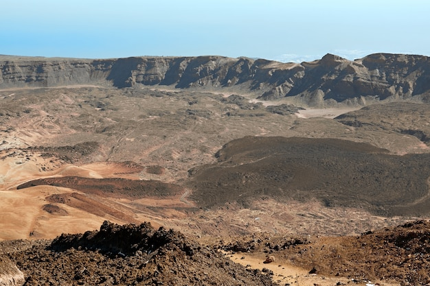 Vista aérea desde la cima del volcán teide en el parque nacional de tenerife.
