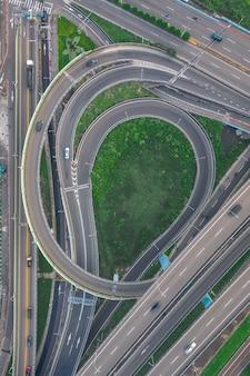 Vista aérea del círculo de tráfico, imagen del concepto de tráfico