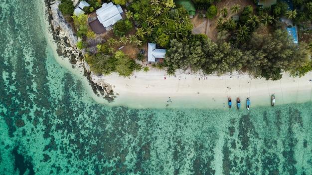 Vista aérea de koh lipe en tailandia