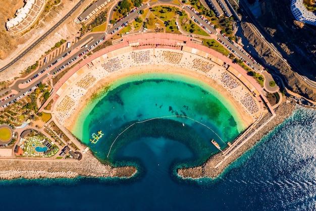 Vista aérea superior de la isla de gran canaria, españa