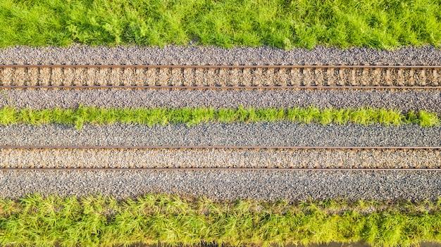 Una vista aérea de las vías del ferrocarril