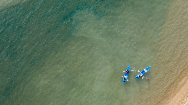 Vista aérea, vista al mar, increíble naturaleza de tailandia