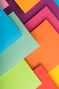 Vista desde arriba de folios de colores
