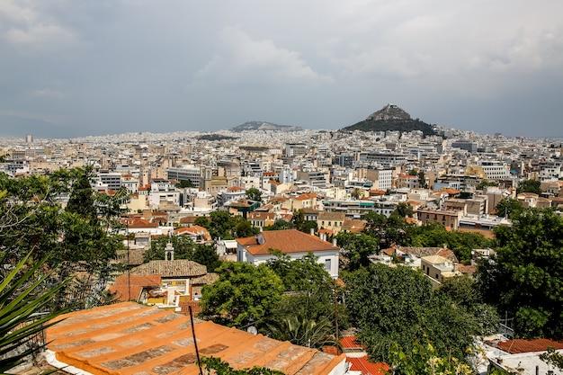 Vista de atenas desde la acrópolis, grecia antecedentes de viajes