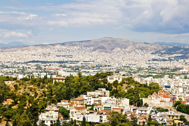 Una vista de atenas desde la colina de la acrópolis