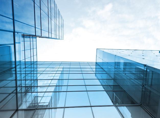 Vista de edificio de cristal