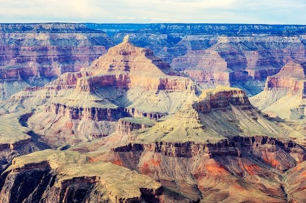 Vista del famoso gran cañón
