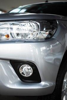 Vista frontal auto nuevo en venta disponible