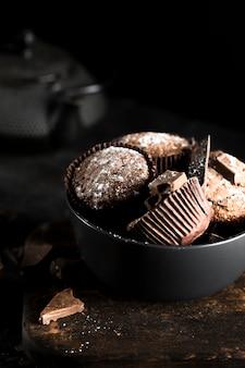 Vista frontal del delicioso concepto de chocolate