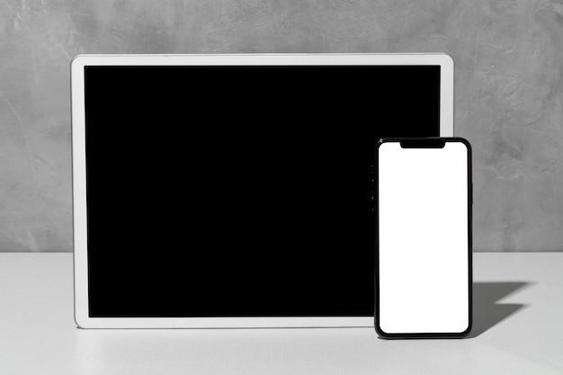 Vista frontal de dispositivos con espacio de copia