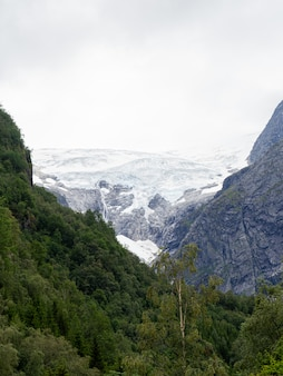 Vista del glaciar más grande de noruega
