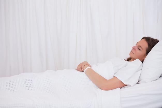 Vista lateral del paciente dormido