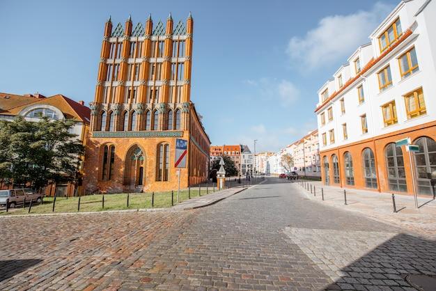 Vista de la mañana en el antiguo ayuntamiento de la ciudad de szczecin, polonia
