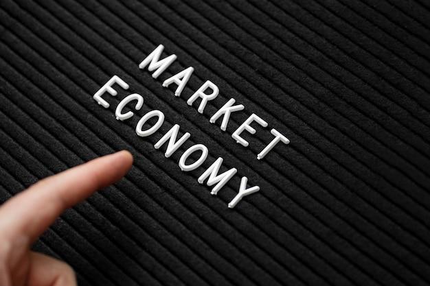 Vista de primer plano del concepto de economía