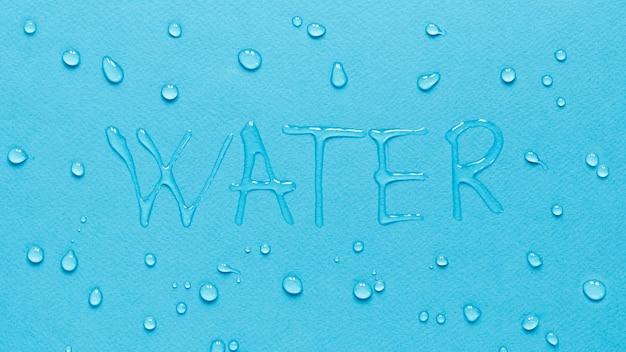 Vista superior de agua con gotas