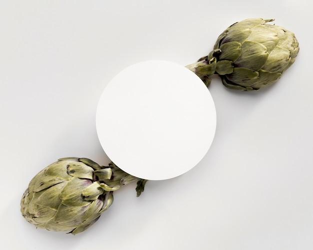 Vista superior de alcachofa con espacio de copia