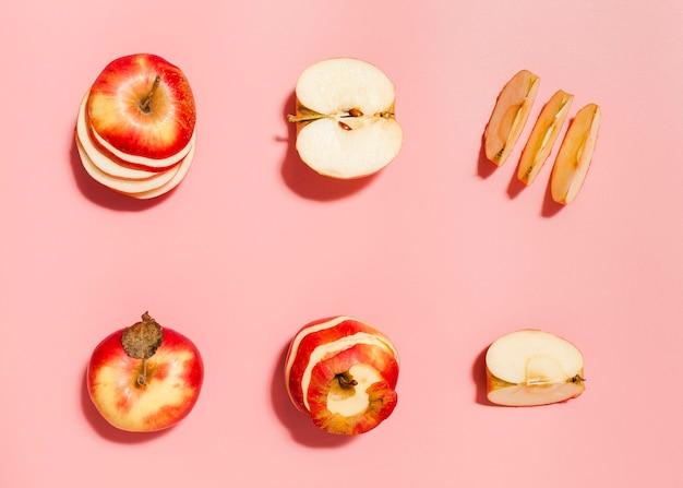 Vista superior arreglo de manzanas rojas