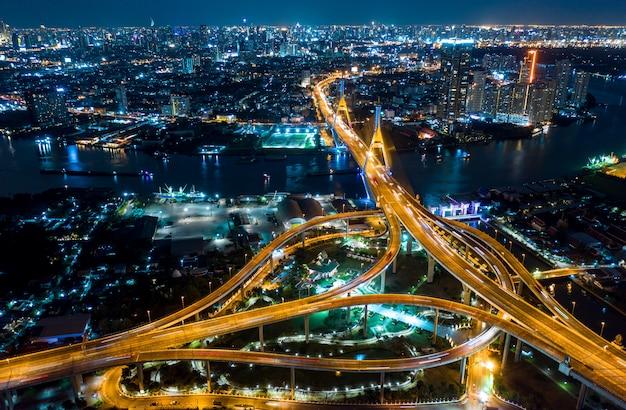 Vista superior de la autopista de bangkok