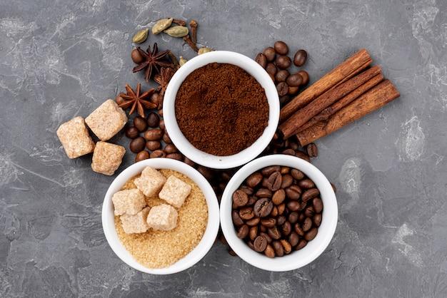 Vista superior del concepto de café en la mesa