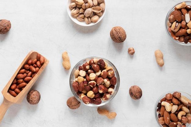 Vista superior del concepto de deliciosos frutos secos