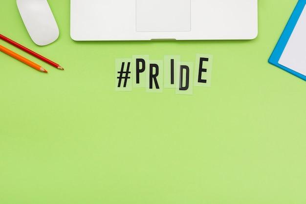 Vista superior del concepto del día del orgullo