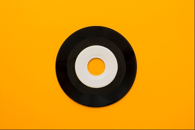 Vista superior del concepto de música con vinilo