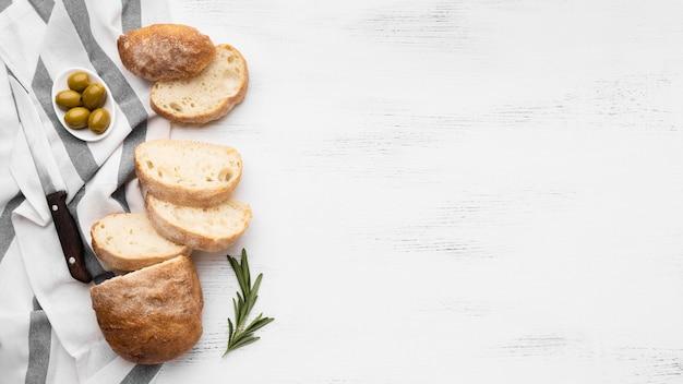 Vista superior del concepto de pan con espacio de copia