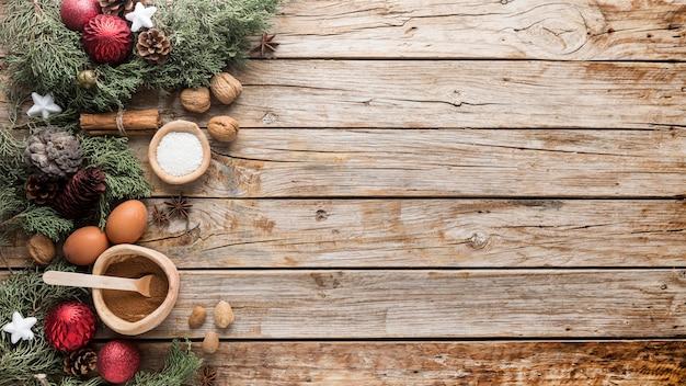 Vista superior deliciosas golosinas navideñas con espacio de copia