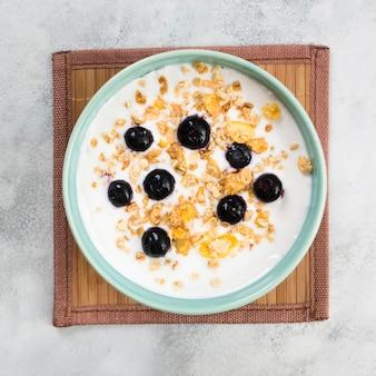 Vista superior de delicioso desayuno