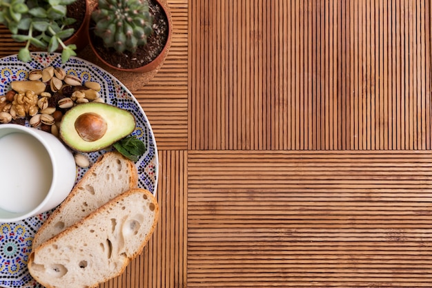 Vista superior desayuno saludable copia espacio