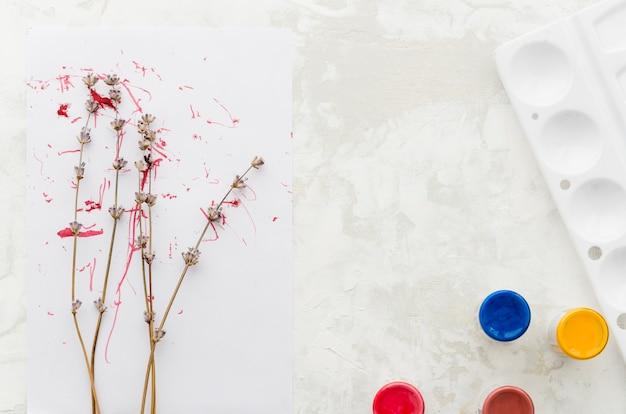 Vista superior dibujo de acuarela de árbol floral