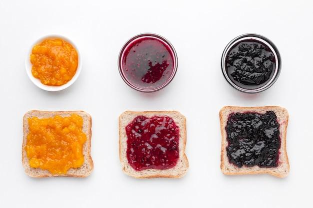Vista superior diferentes tipos de mermelada