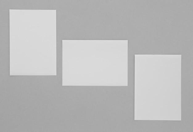 Vista superior de la disposición de las hojas de papel