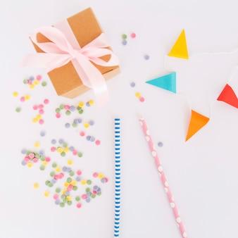 Vista superior elementos de cumpleaños
