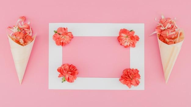 Vista superior flores con marco