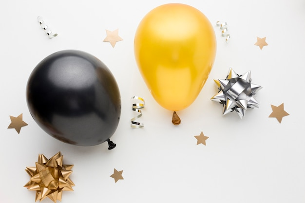 Vista superior globos para fiesta de cumpleaños