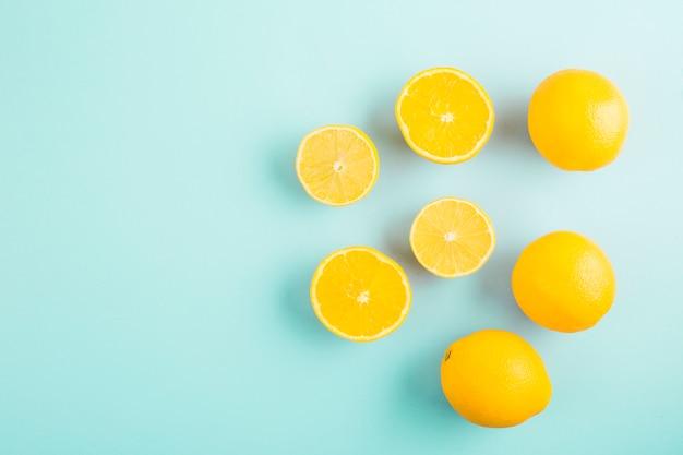 Vista superior grupo de limones