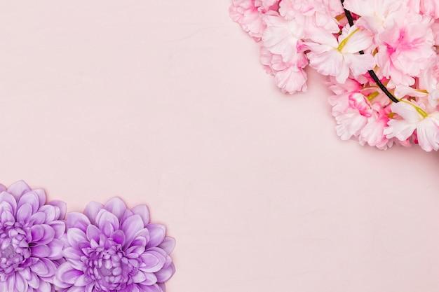Vista superior de hermosas flores para el día de la madre
