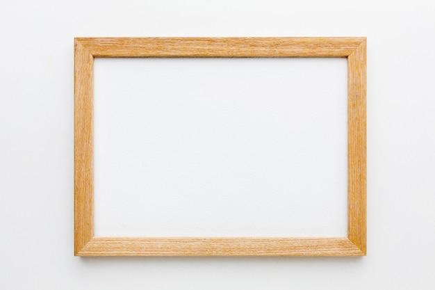 Vista superior del hermoso concepto de marco de madera