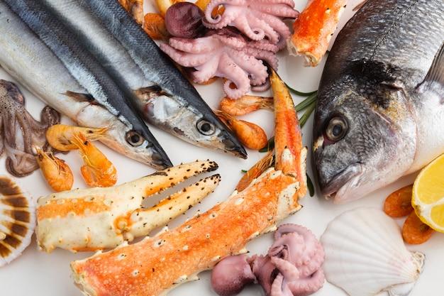 Vista superior mezcla de deliciosos mariscos