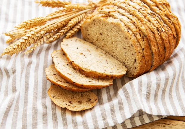 Vista superior de pan rebanado