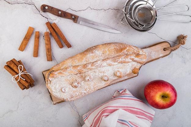 Vista superior pastelería casera sobre la mesa