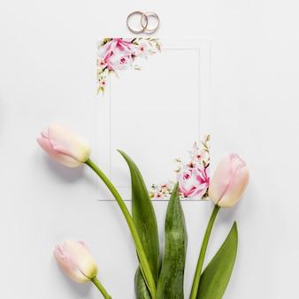 Vista superior ramo de tulipanes